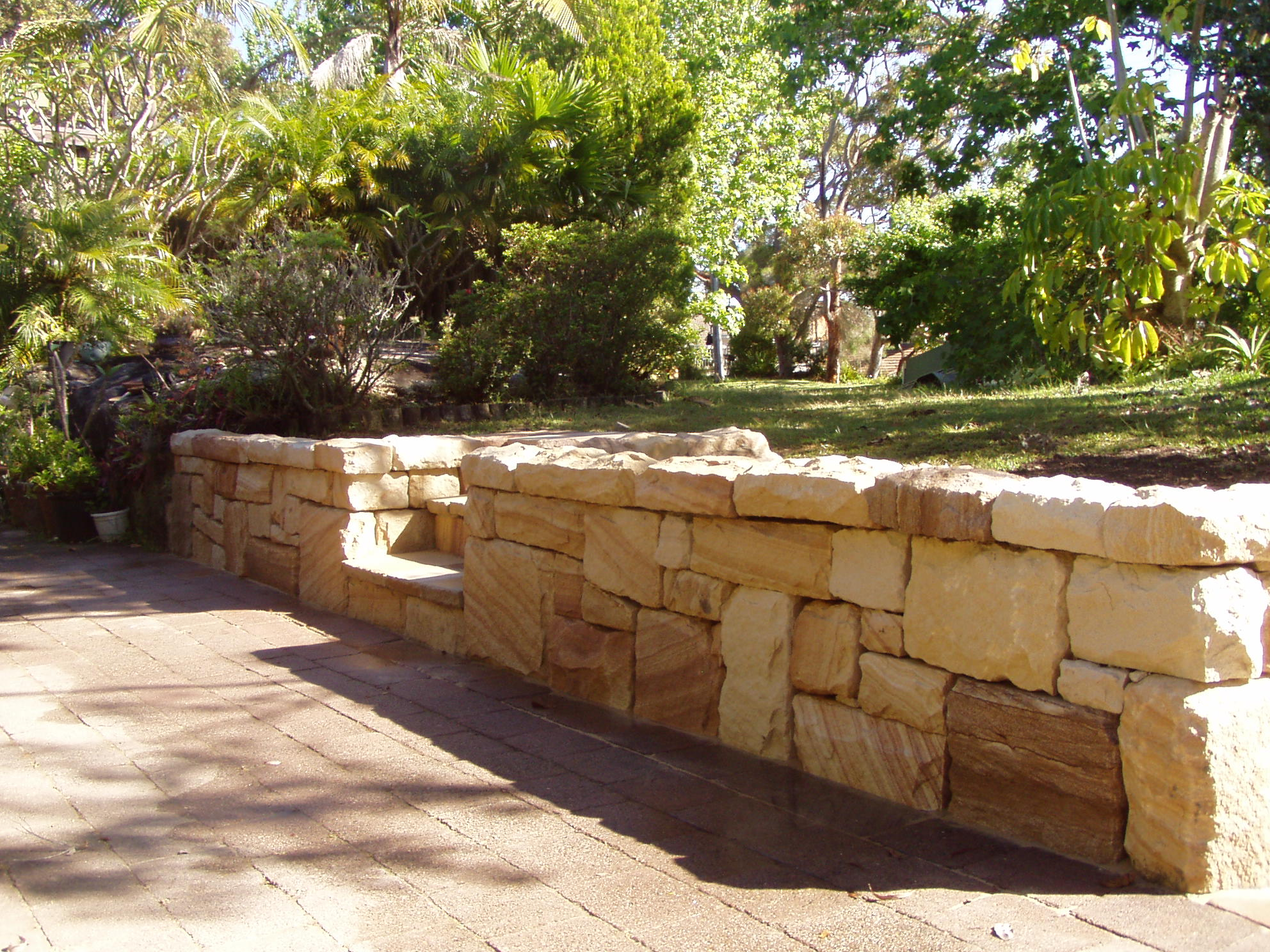 Retaining Wall Seating Low Gabion Wall With Timber Seating Http Wwwgabion1com